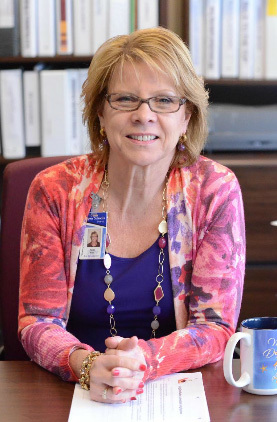 Susan Frey Receives 2017 Award for Excellence in Administration from WNYESC