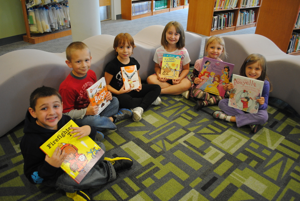 Get Reading This Summer for Cayuga Height's Reading Award Program
