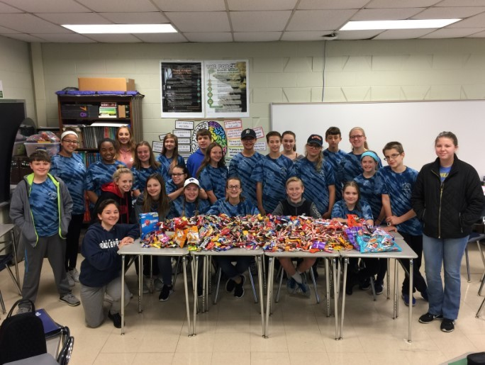 NJHS organizes candy collection for the troops