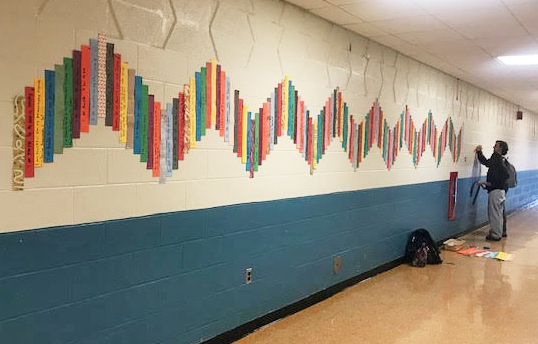 DHS Students Create Path of Thankfulness