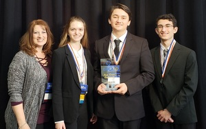 DHS Students at State DECA Competition